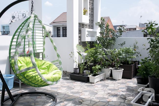 Với chi phí 2 tỷ đồng, nhà cấp 4 ở Sài Gòn đã biến thành nhà phố hiện đại đến bất ngờ - Ảnh 20